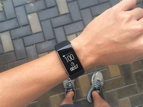Polar A360 Activity Monitor Wtih Wrist Hrm Black polar a360 fitness tracker user review gadfit