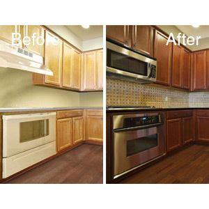 change kitchen cabinet color cabinet color change n hance wood renewal ahhh i love