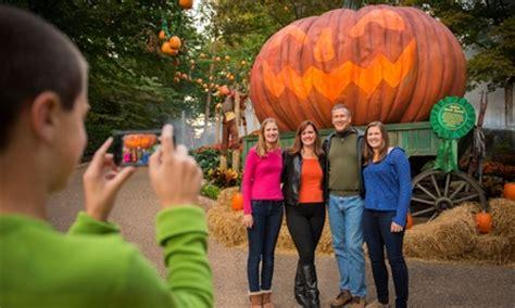 Howl O Scream Busch Gardens by Howl O Scream At Busch Gardens Busch Gardens