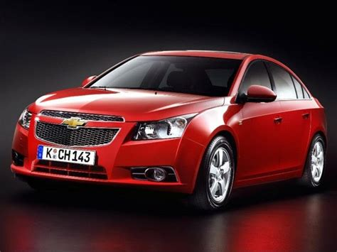 chevrolet cruze launched with jet black interiors