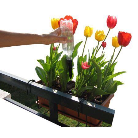 Arrosage Automatique Balcon by Arrosage Plante Au Balcon Et Terrasse Solar Dripper