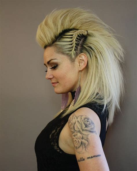 quick and easy edgy hairstyles best 25 braided faux hawk ideas on pinterest edgy long