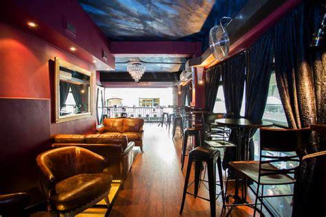 Top 10 Bars Melbourne Cbd by Lustre Bar Laneway Cocktail Bars City Secrets