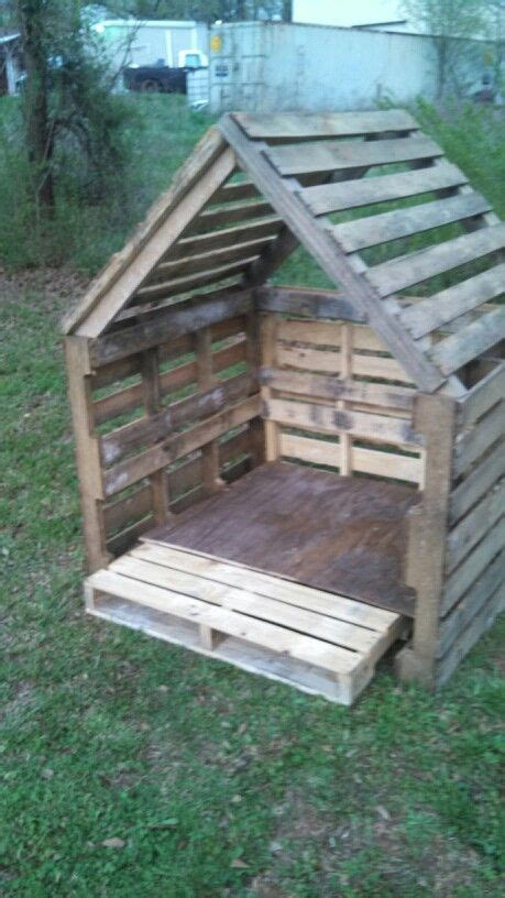 pin by mariam ovsepyan on pallet projects pinterest pallets pallet playhouse and dog houses on pinterest
