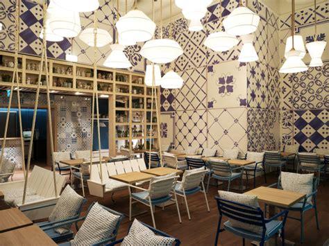 senior design cafe zürich azzurro restaurante comodoos interiores