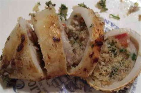 cucinare calamari ripieni totani ripieni la ricetta piatto al forno