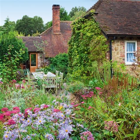 country landscaping ideas country cottage garden tour gardens english cottages
