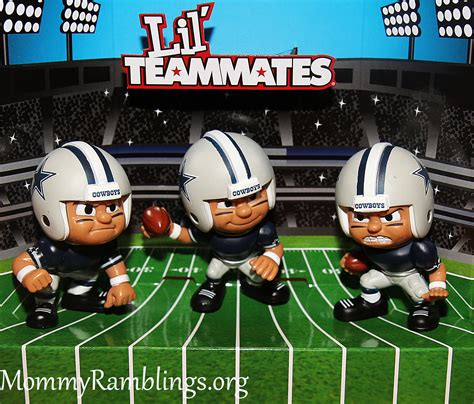 Nfl Giveaways - lil teammates nfl collectible team sets review and giveaway 2 winners mommy