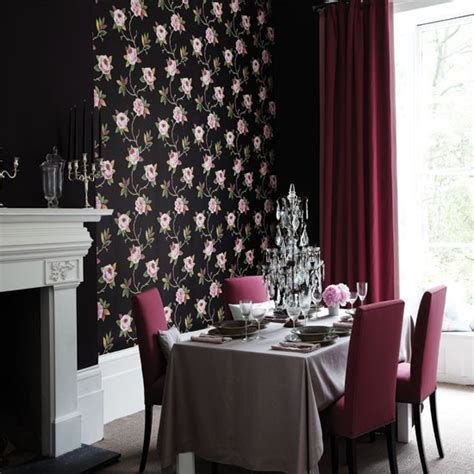 Feature Wall Dining Room Ideas by Dramatic Dining Room With Feature Wall Dining Room