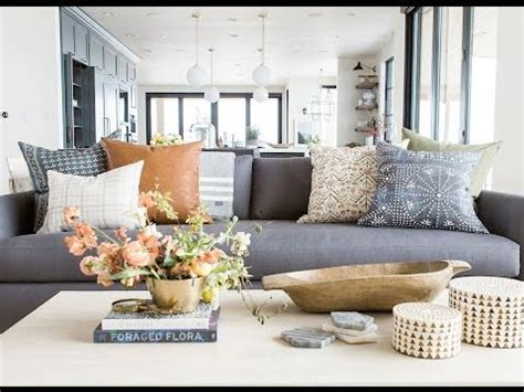 How To Decorate With Pillows by How To Style Your Throw Pillows