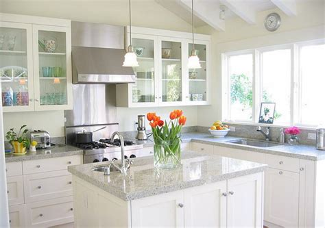 Small White Kitchen Design Ideas by White Kitchen How Where Why In A Small