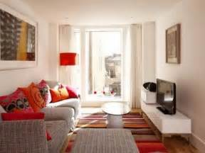 Living Room Decorating Ideas For Small Apartments Apartment Basement Small Apartment Living Room