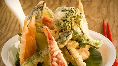 come si cucinano i fiori di zucchine tempura come si prepara lifegate