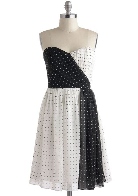 Black And White Vintage Dress beyond black and white dress mod retro vintage dresses modcloth