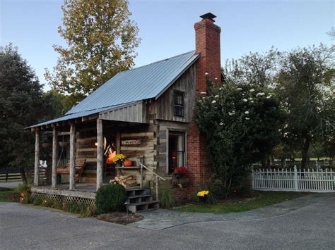 Cabins In Franklin Tn by Country S Former Log Cabin Vrbo