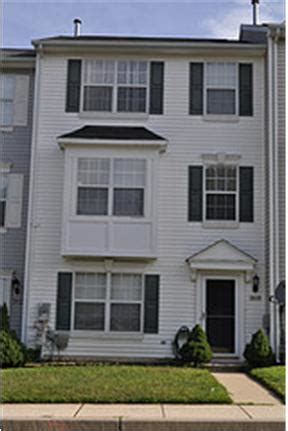 3 bedroom townhomes for rent in md 3 level townhouse in randallstown md rentdigs com