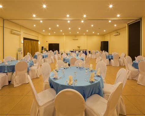 Function Rooms In Cebu Restaurants by Microtel By Wyndham Davao 4 Armed Forces Vacation Club