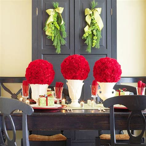 Home Decorating Trends 44 flower arrangements for christmas