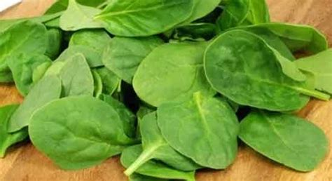 Spinach In Stool by 7 Foods To Relieve Constipation Htv