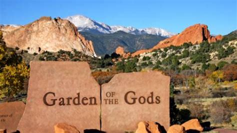 Garden Of The Gods Visitor Center by Parks Trails In Colorado Springs Co Visit Colorado Springs