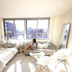 studio apartment themes best 25 white studio apartment ideas on cozy