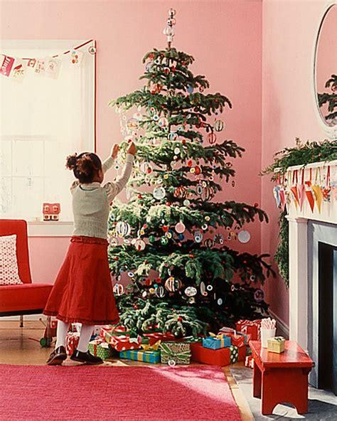 kid friendly christmas tree decorations tree ideas for martha stewart