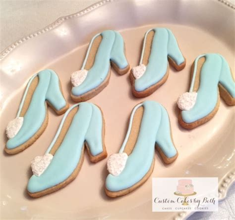 cinderella slipper cookies cinderella s glass slipper cookies cakecentral