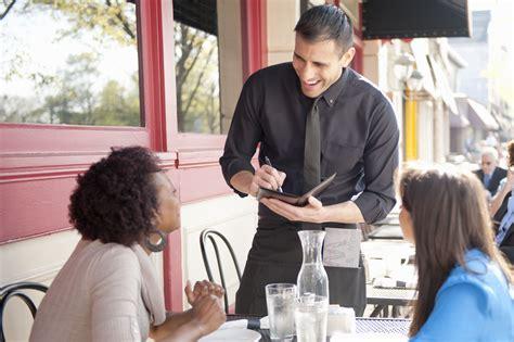 waiterwaitress resume  cover letter examples