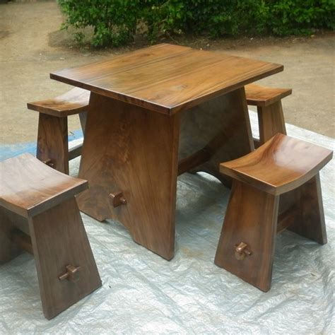Set Meja Makan Trembesi set meja makan minimalis kayu trembesi unique furniture