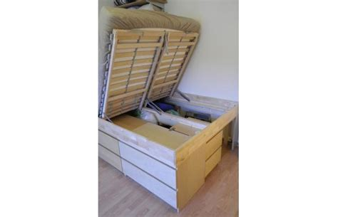 life hacks storage 22 awesome life hacks for small apartments