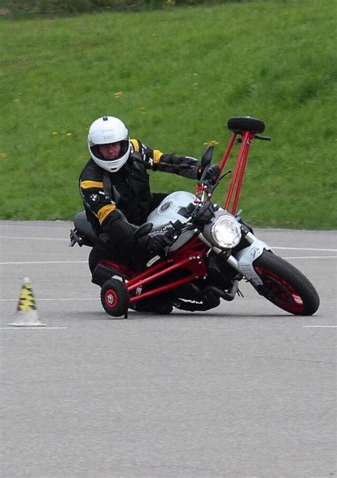 Motorradgrundkurs Ag by Letzhgo Motorradgrundkurs Verkehrsknde Fahrschule