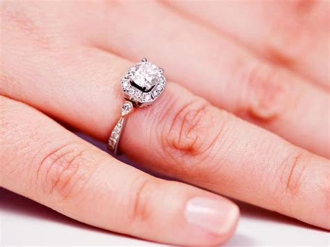 ever wondered why you wear wedding ring on the four finger