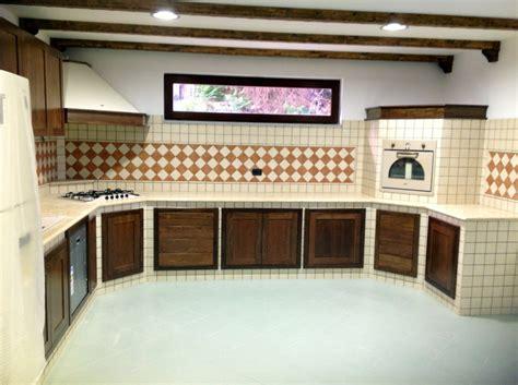 piano cucina muratura foto cucina in muratura con piano in marmo di modaffari