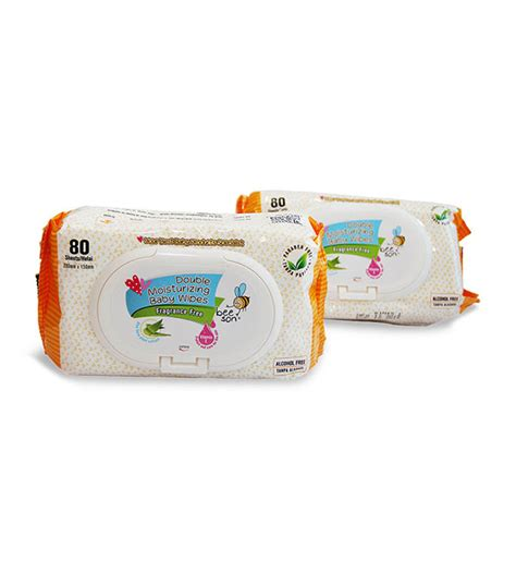 Pigeon Baby Wipes Moisturizing Cloths 70 Sheets Tisu Basah Bayi bee moisturizing baby wipes 80sheets x 2pack yellow marissa shoppe
