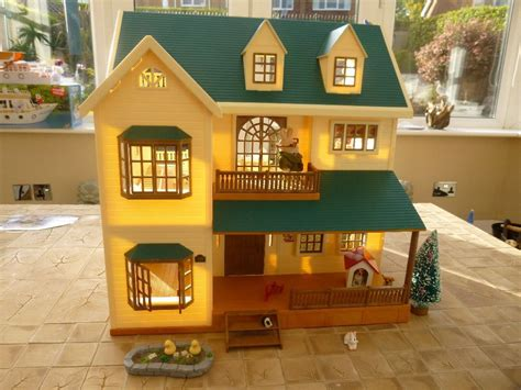 Sylfanian Families Collect Them All Series 5198 sylvanian families green hill house in halfway south gumtree