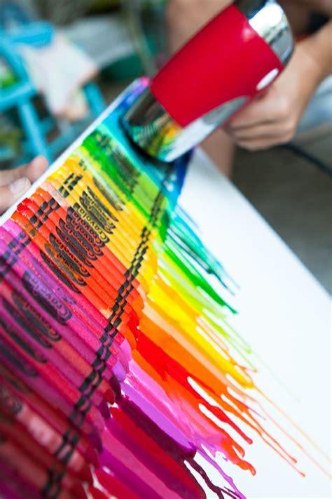 diy crafts with crayons diy melted crayon randomly ravishing