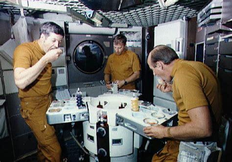 Italian Bathroom Design How Is Food Prepared In Space