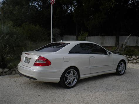 Mercedes Clk 550 by 2009 Mercedes Clk 550 White On Light Interior With 15k