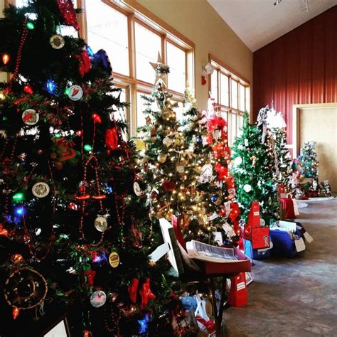 christmas tree decorating contest legacy of the plains