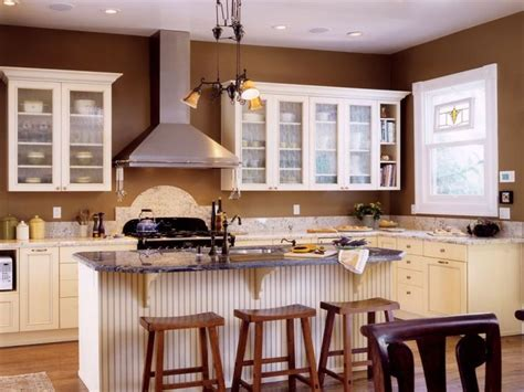 kitchen color ideas with brown cabinets 1000 ideas about brown walls kitchen on pinterest