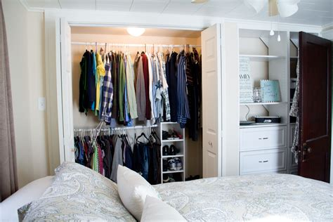 Small Bedroom Closet Organization Ideas Homesfeed Small Bedroom Closet Design Ideas