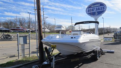 deck boat with center console 2016 new hurricane center console 19 ob deck boat for sale