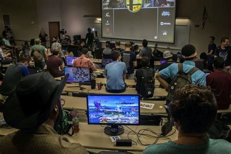 gainesville super smash bros community celebrates  weekly tournament  avenue