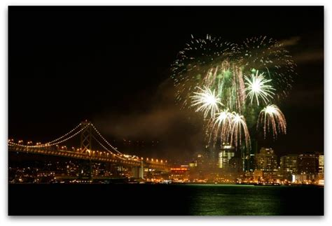 dinner on a boat in san francisco san francisco new year s eve cruises for 2018 2019