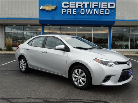 Toyota Corolla Pre Owned Pre Owned 2015 Toyota Corolla Le 4dr Car In Naperville