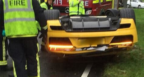 Audi R8 Unfallwagen by Brand New Audi R8 V10 Test Drive Goes With A Crash