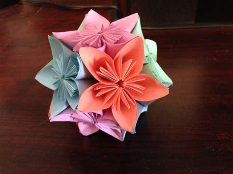 Origami Flower Balls - 3d origami kusudama flower by doodlenoodle2173 on