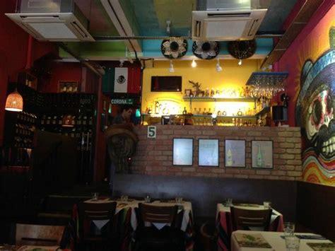 thematic decor picture of el patio mexican restaurant