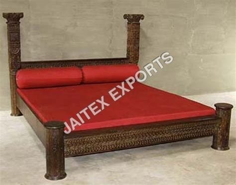 Handcrafted Furniture India - wooden bed