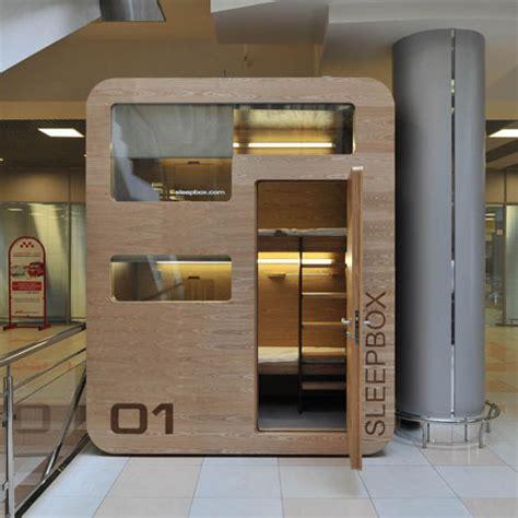 room airport sleepbox 01 by arch dezeen